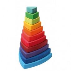 Turn de stivuit cu triunghiuri